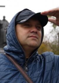 Александр Надсадный